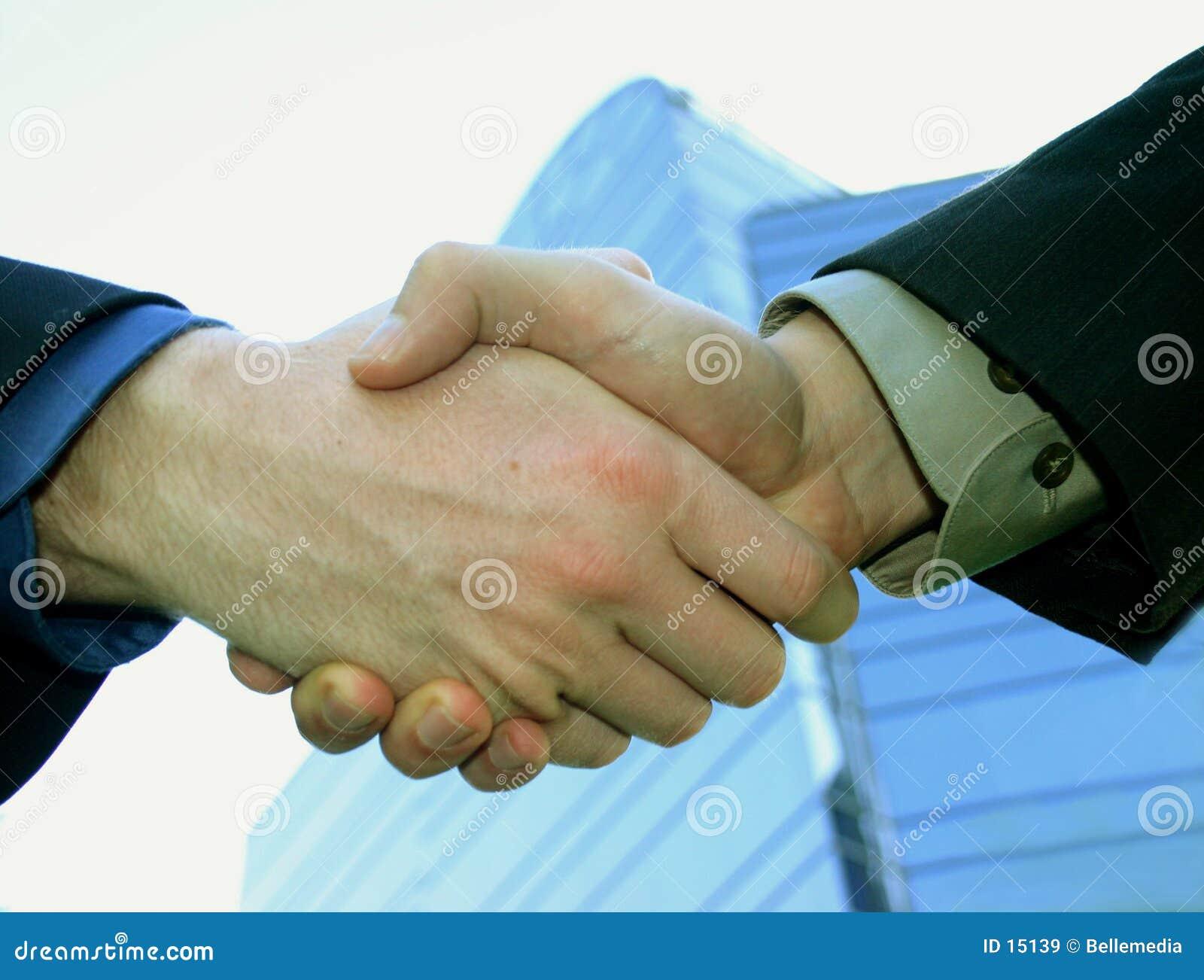 Shake руки дела