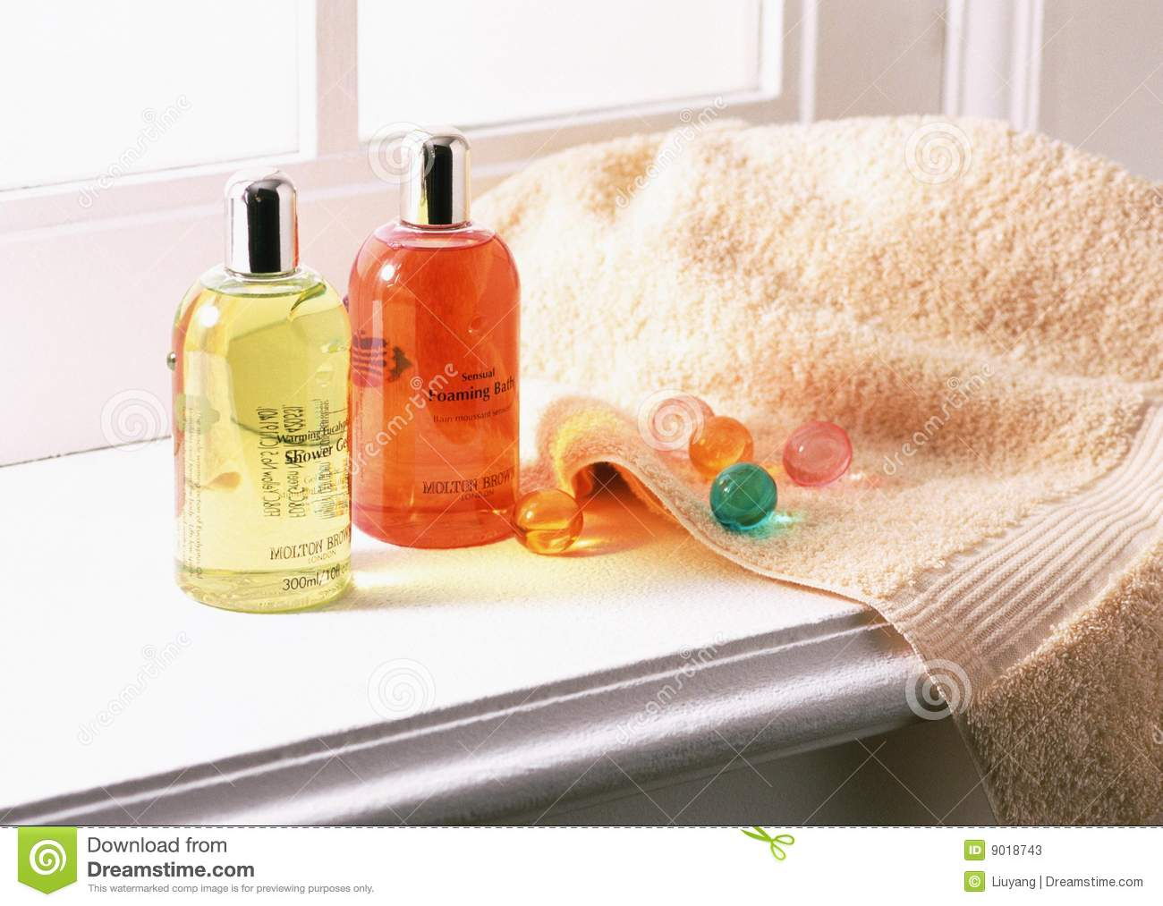 Shampoo And Towels Stock Photos Image 9018743