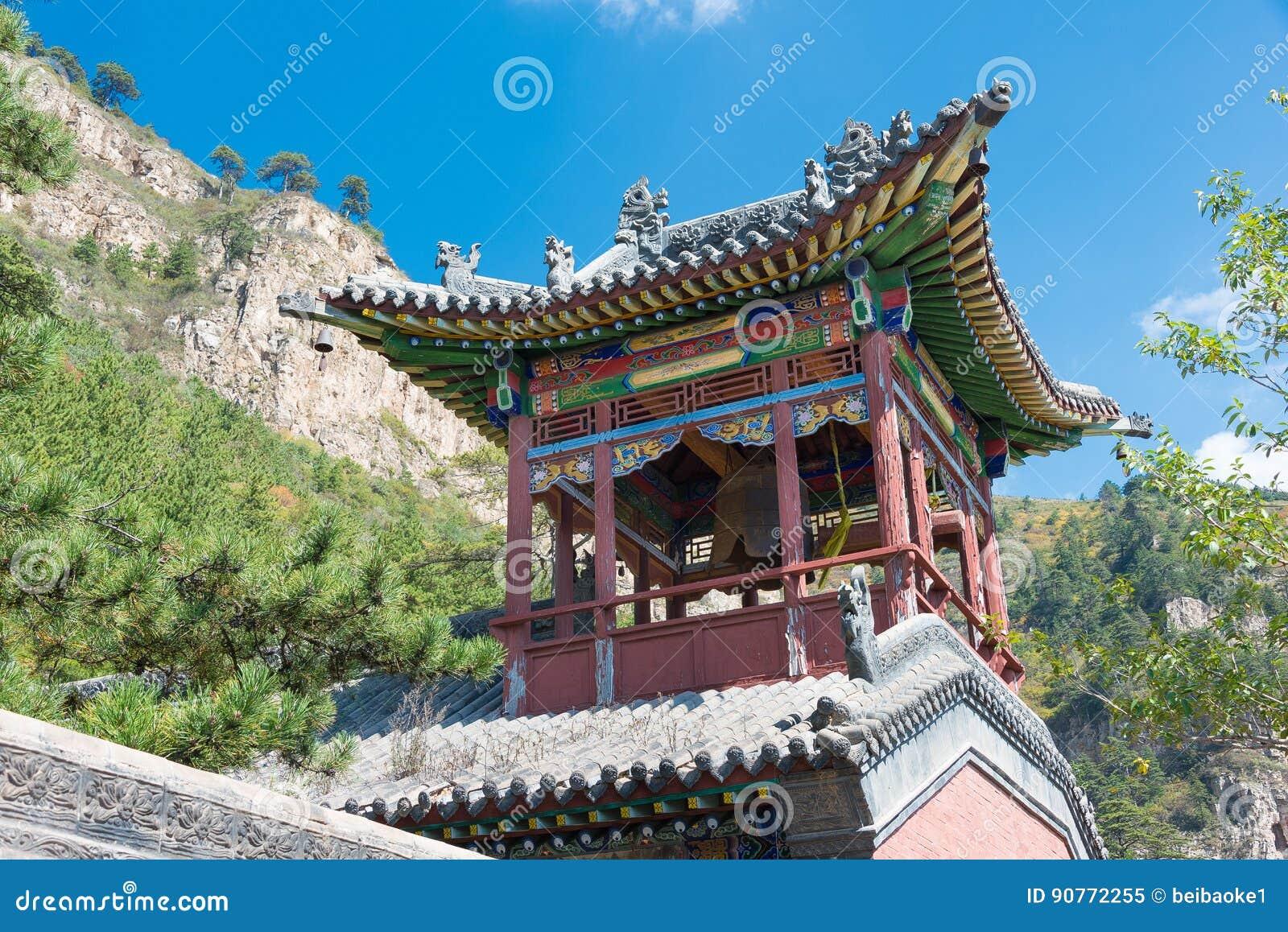SHANXI, CHINA - Sept 19 2015: Heng Shan um historiclandsc famoso