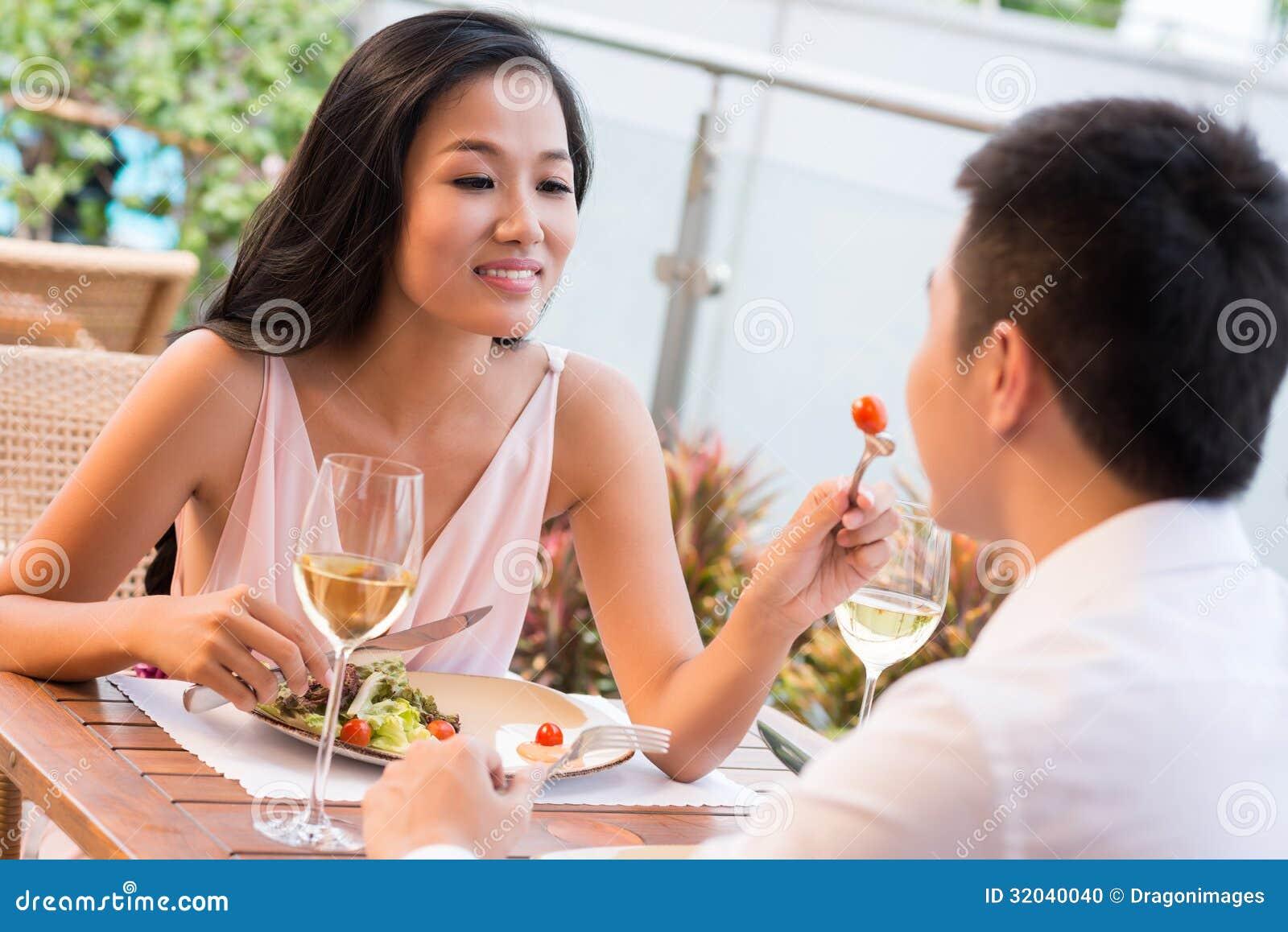 Mall na dating sementeryo