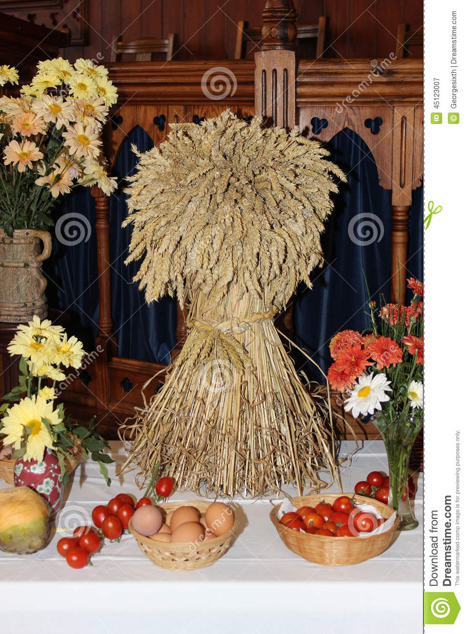 church corn decorated decorations festival harvest - Harvest Decorations