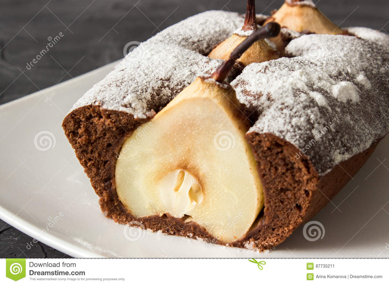 Make Chocolate Pear Sponge Cake
