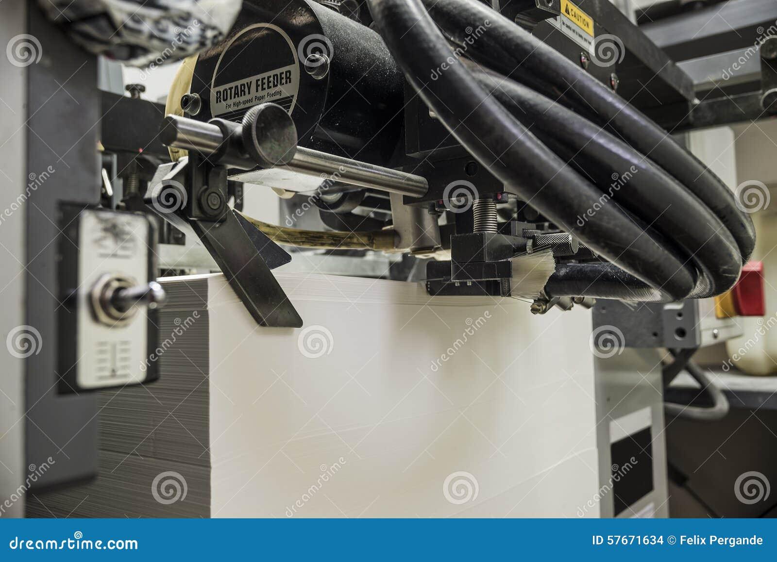 Sheetfed kompensuje drukową maszynę