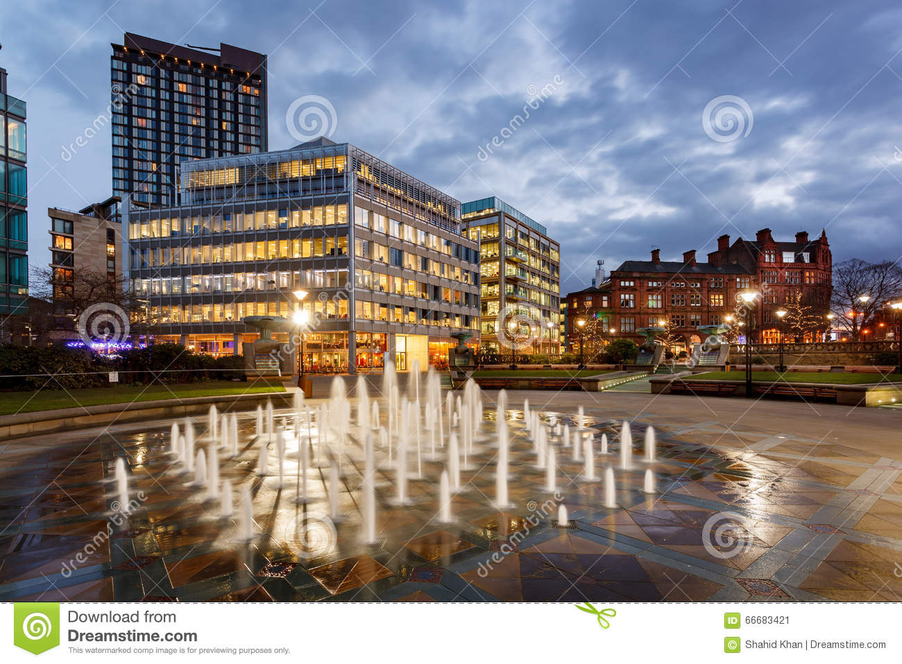 sheffield england stock image image of centre fountain 66683421. Black Bedroom Furniture Sets. Home Design Ideas