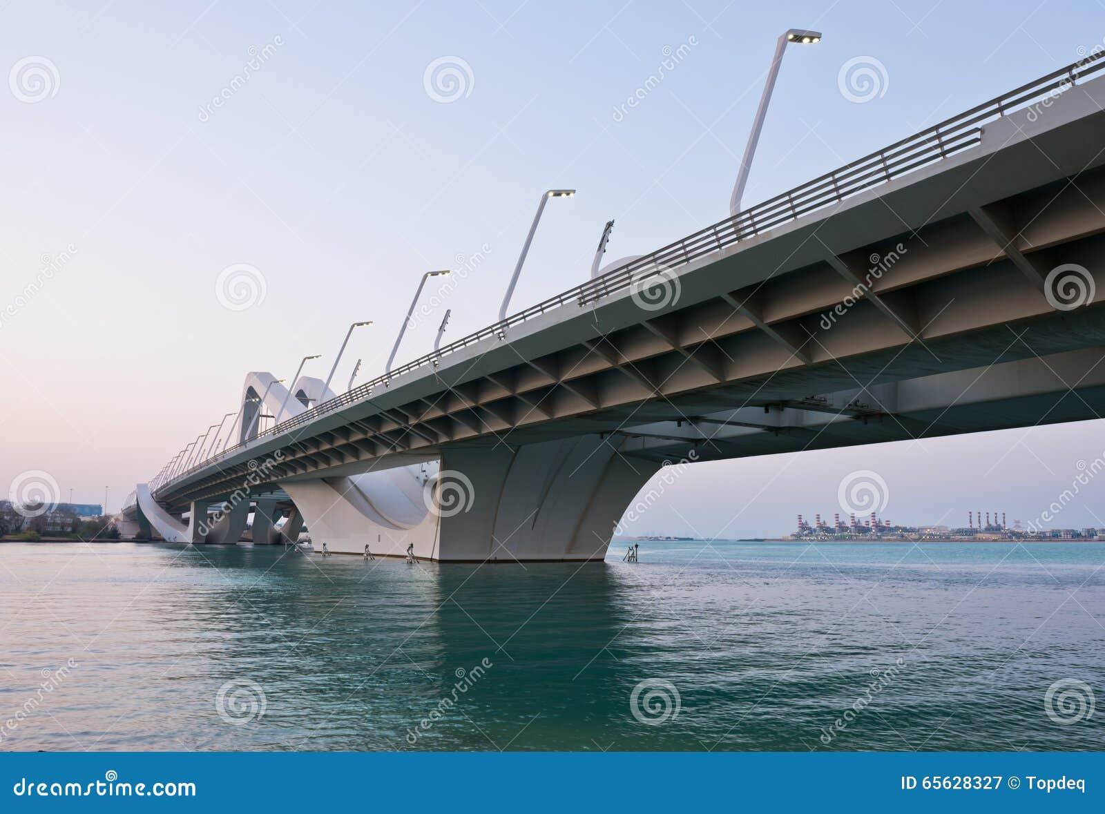 Sheikh Zayed Bridge, Abu Dhabi, EAU