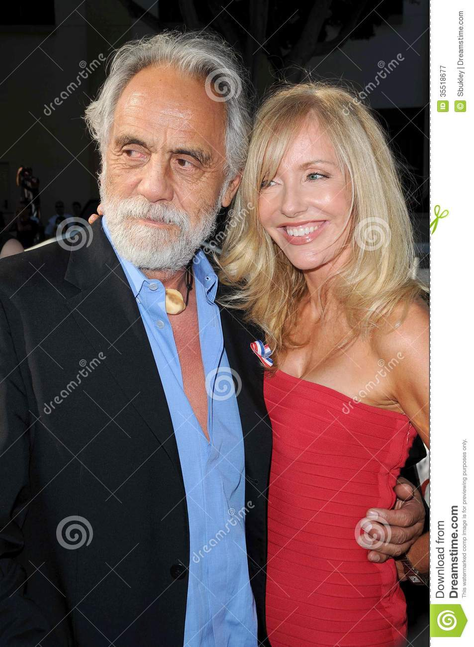 Watch Shelby Chong video