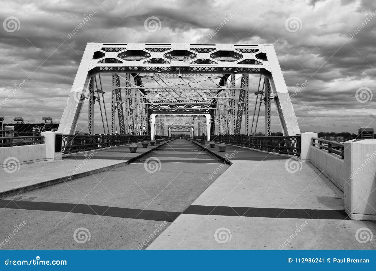 Shelby pedestrian bridge in Nashville