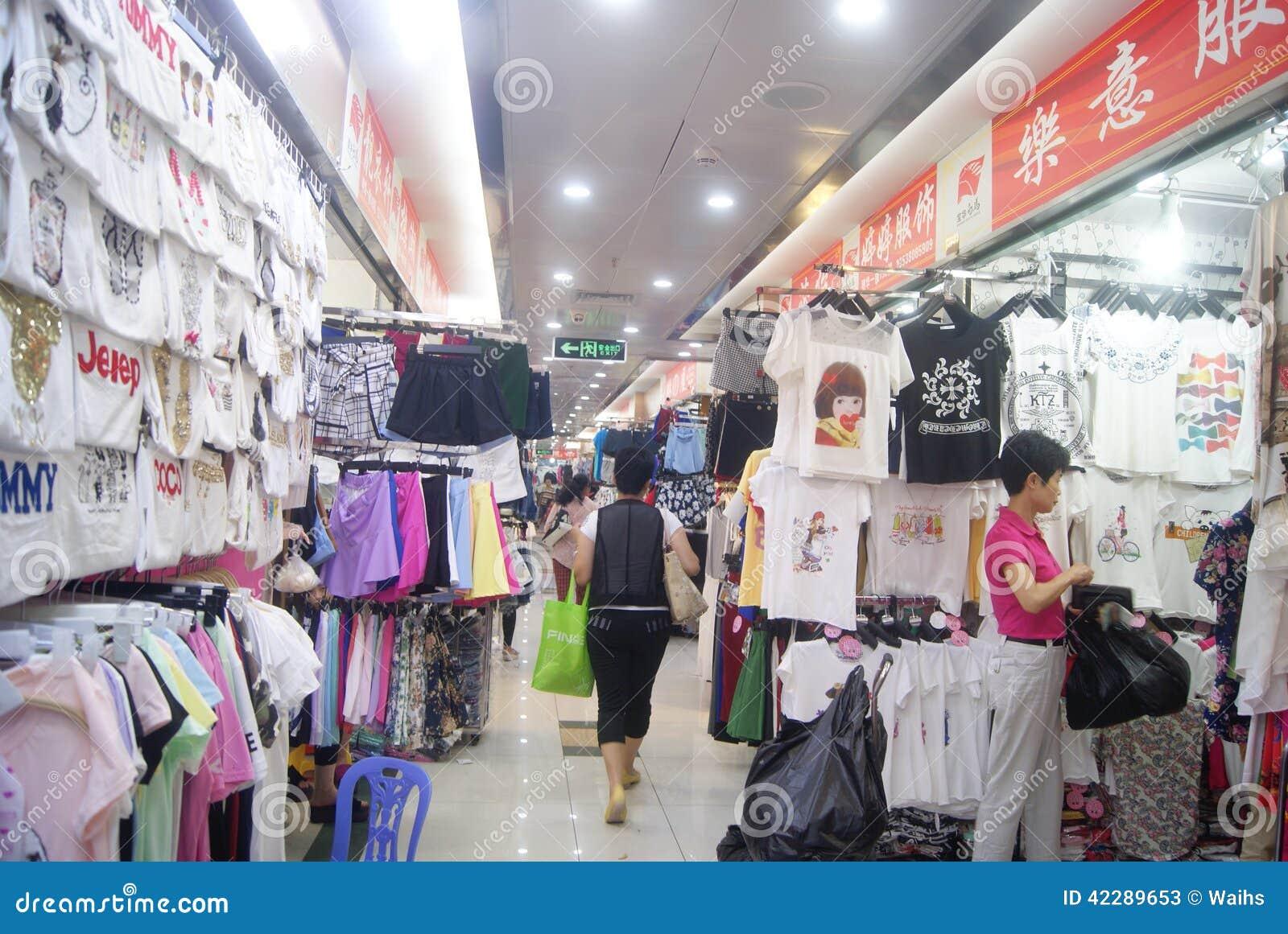 shenzhen china mercado al por mayor de la ropa foto de