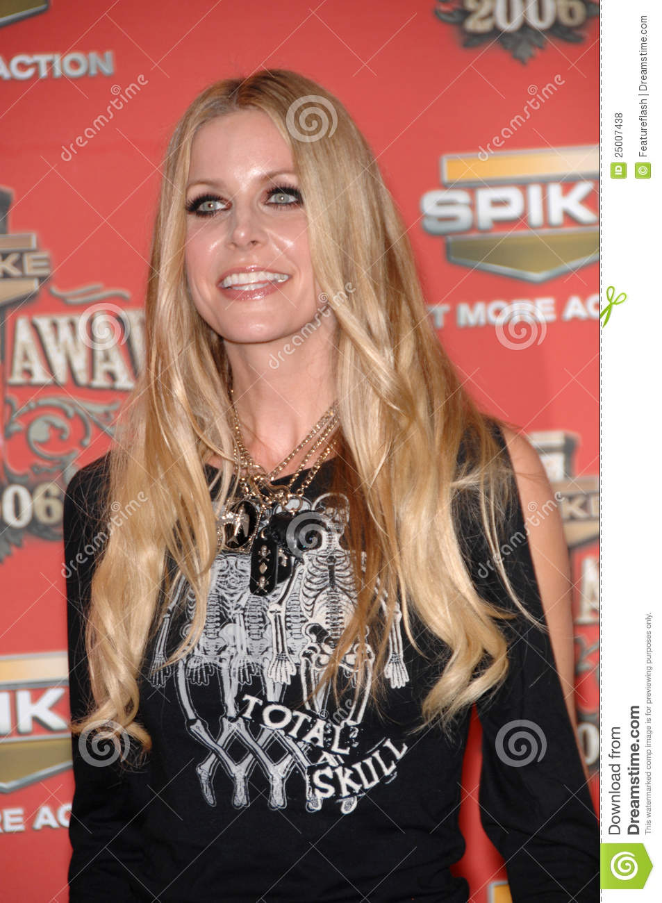 SHERI MOON ZOMBIE at the Spike TV Scream Awards 2006 at the Pantages ...