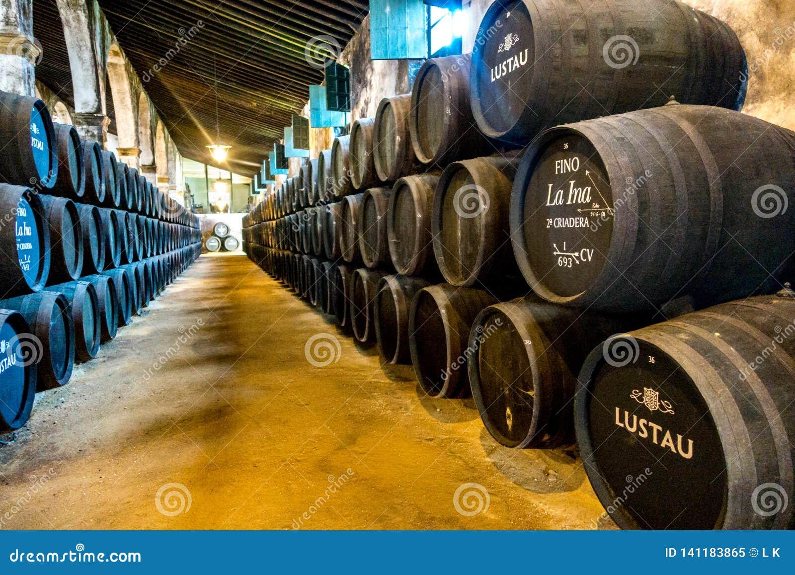 Sherry baryłki w bodega w Spain