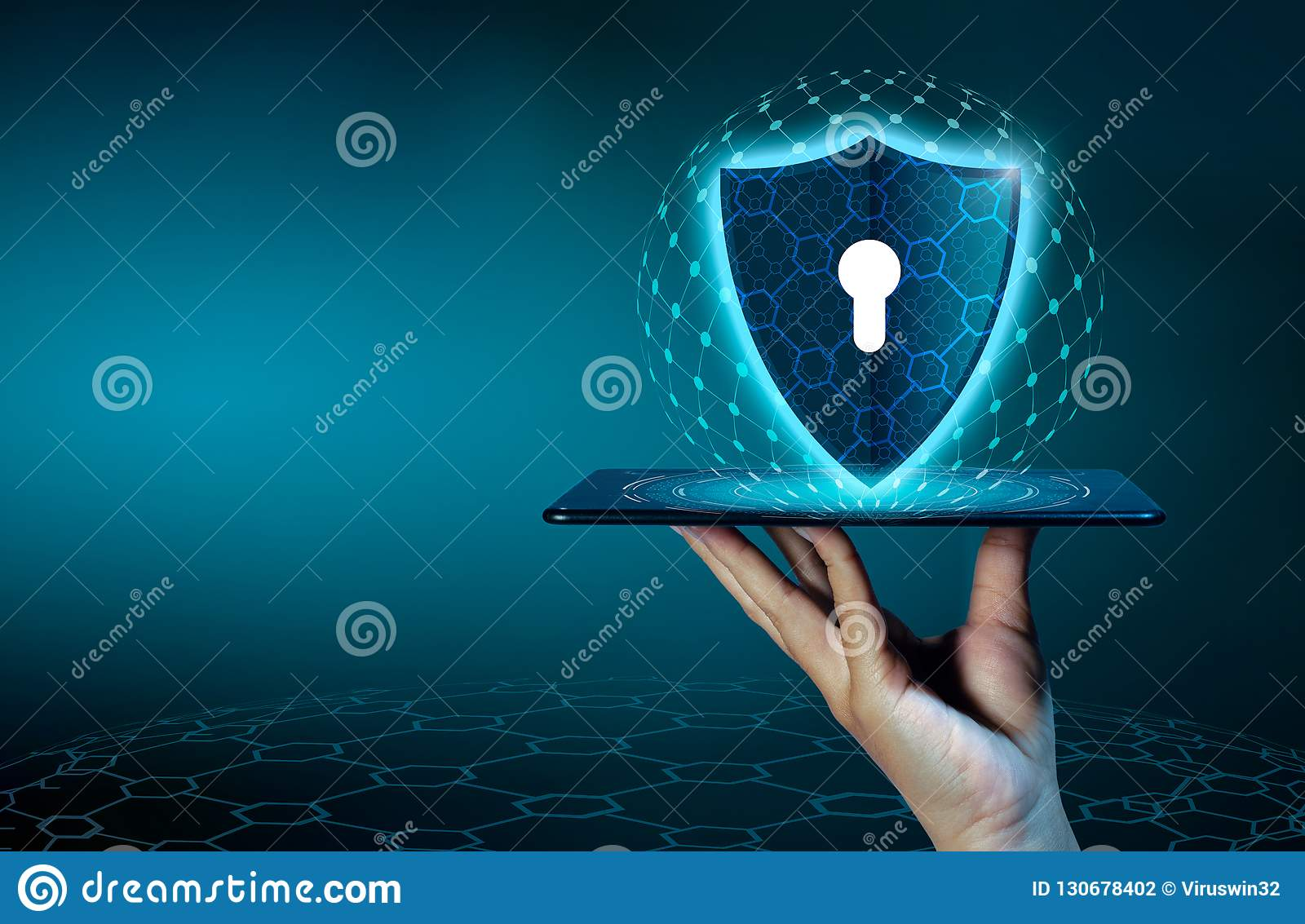 Shield Internet phone Smartphone is protected from hacker attacks, Firewall Business people press the protected phone on the inter