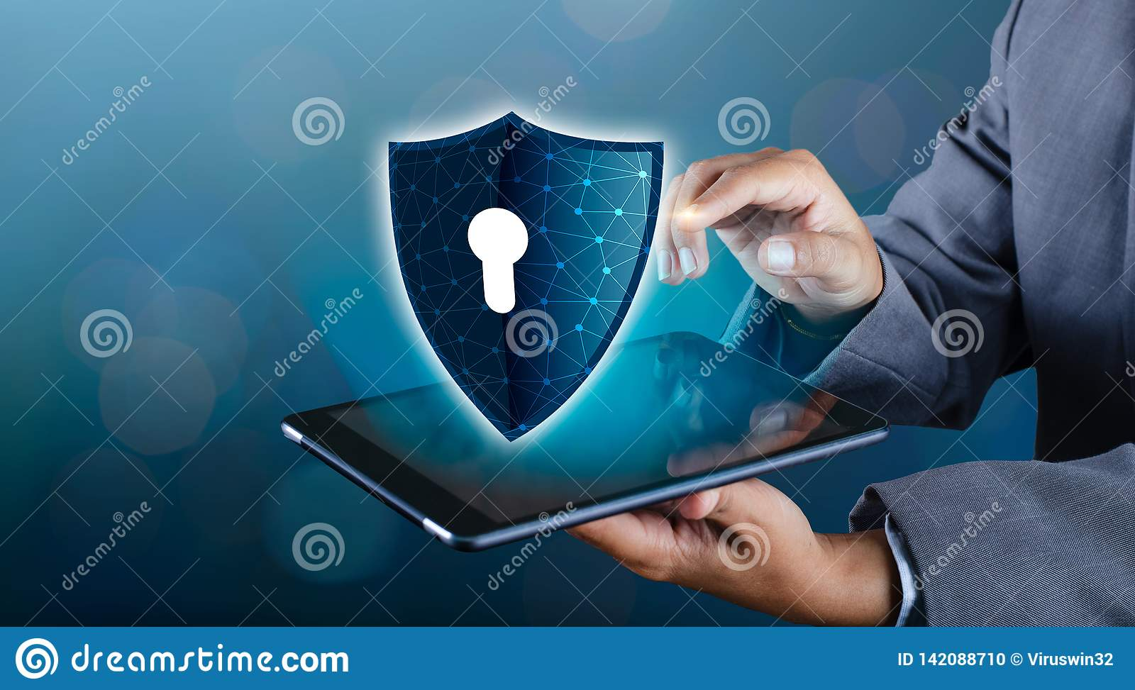 Shield Internet phone Smartphone is protected from hacker attacks, Firewall Businesspeople press the protected phone on the