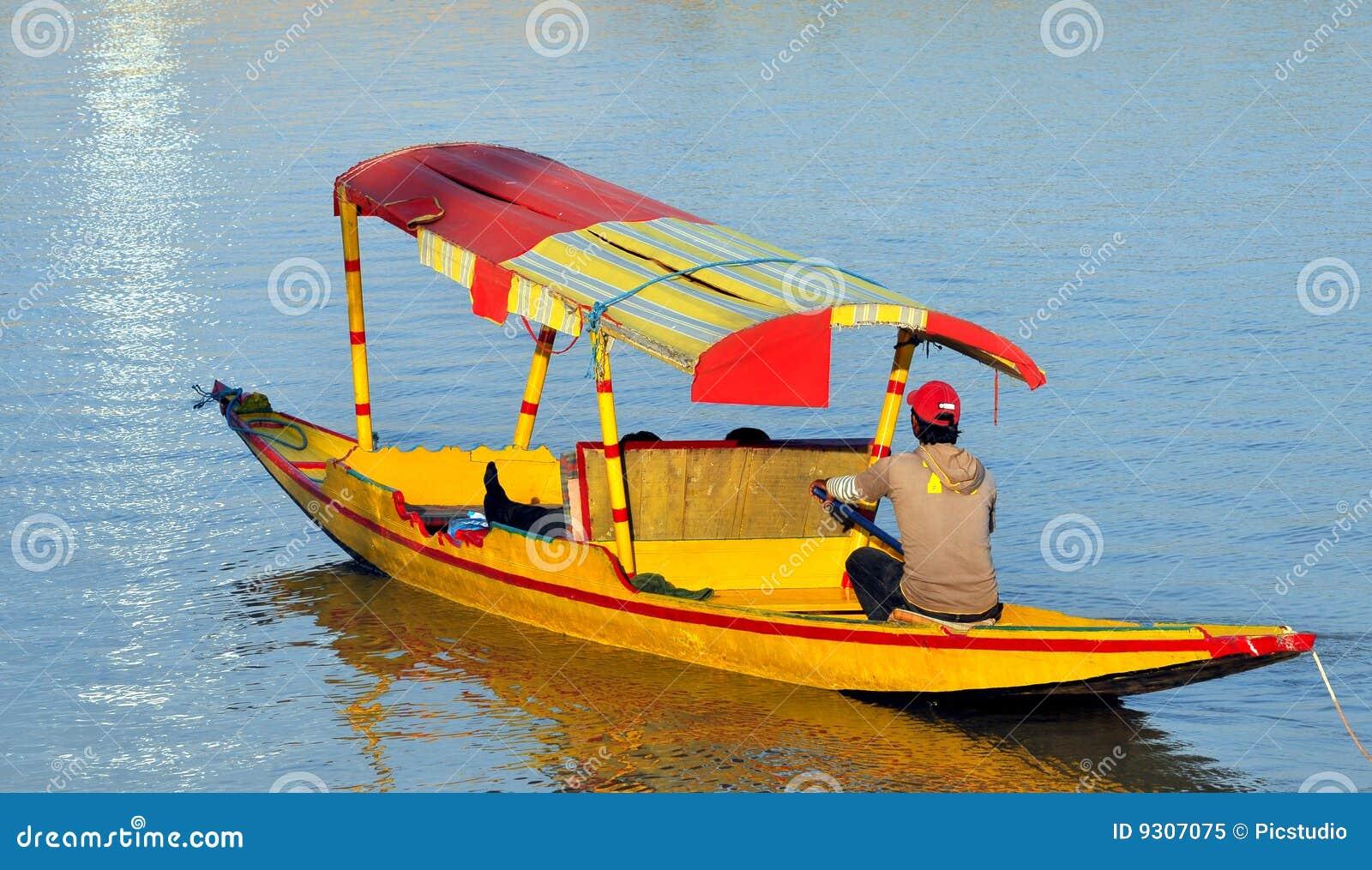 Shikara boat stock image. Image of tourist, india, shikara - 9307075