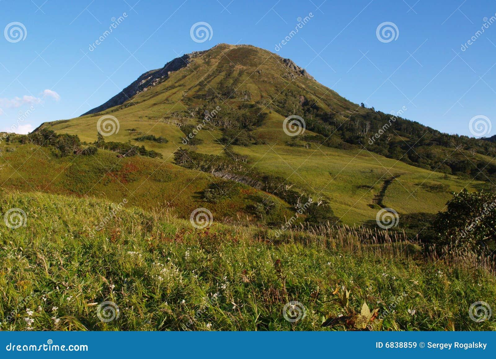 Shikotan的小山