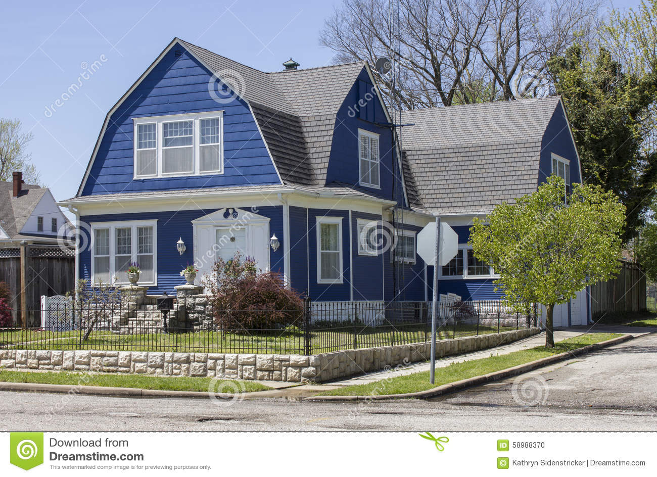 Shingle Style Gambrel Roof House Stock Photo Image 58988370
