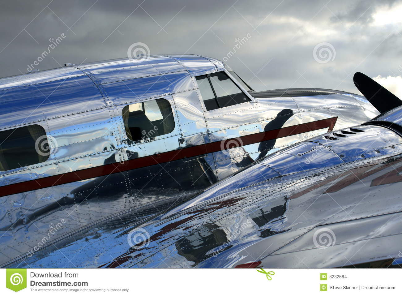Shiny Vintage Aircraft Stock Images - Image: 8232584
