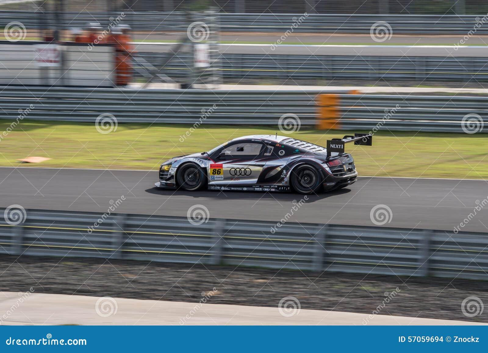 Shinya Hosokawa van Audi Team Racing Tech in het Super Definitieve Ras van GT