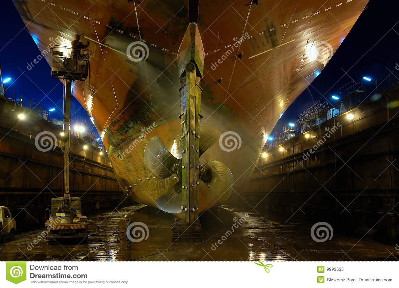 Shipbuilding in a dry dock