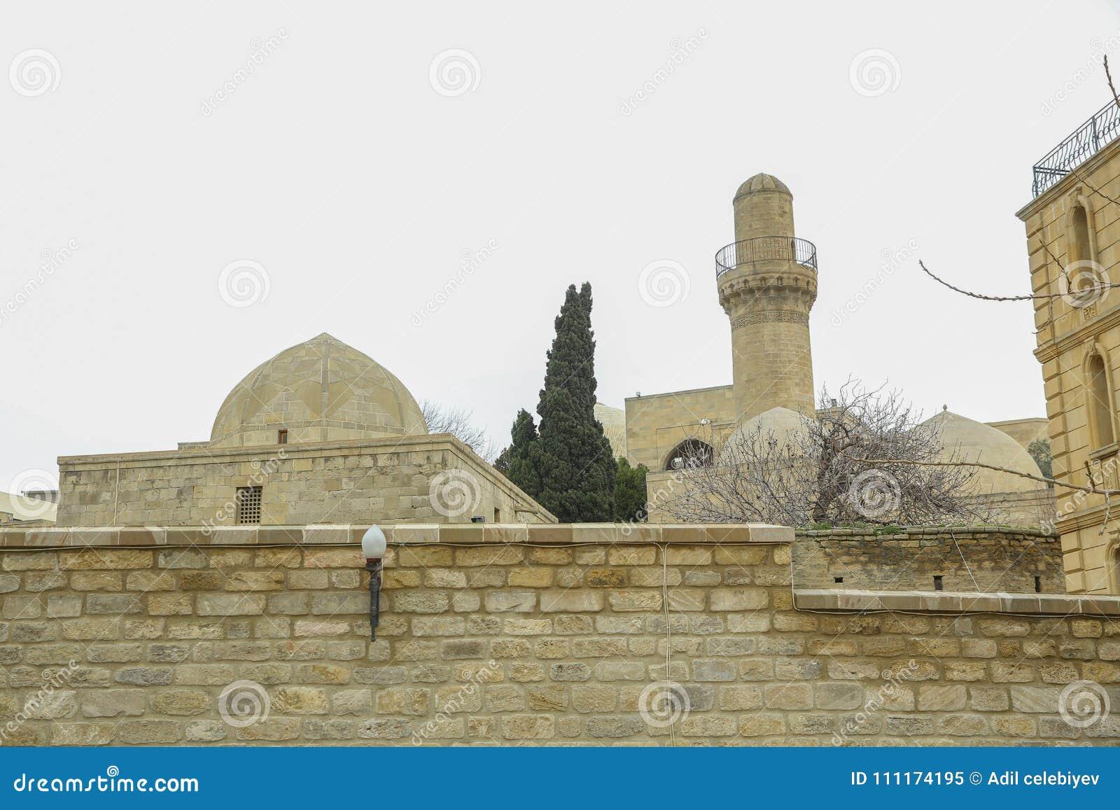 Shirvanshah kervansaray w Baku, Azerbejdżan Antyczny meczet w Baku, Stary meczet, Antyczny meczet w Icheri sheher