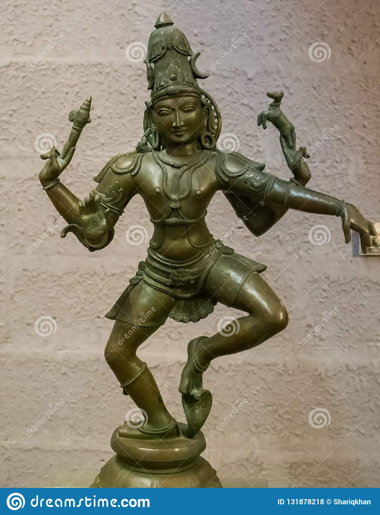 Shiva Sculpture India debout