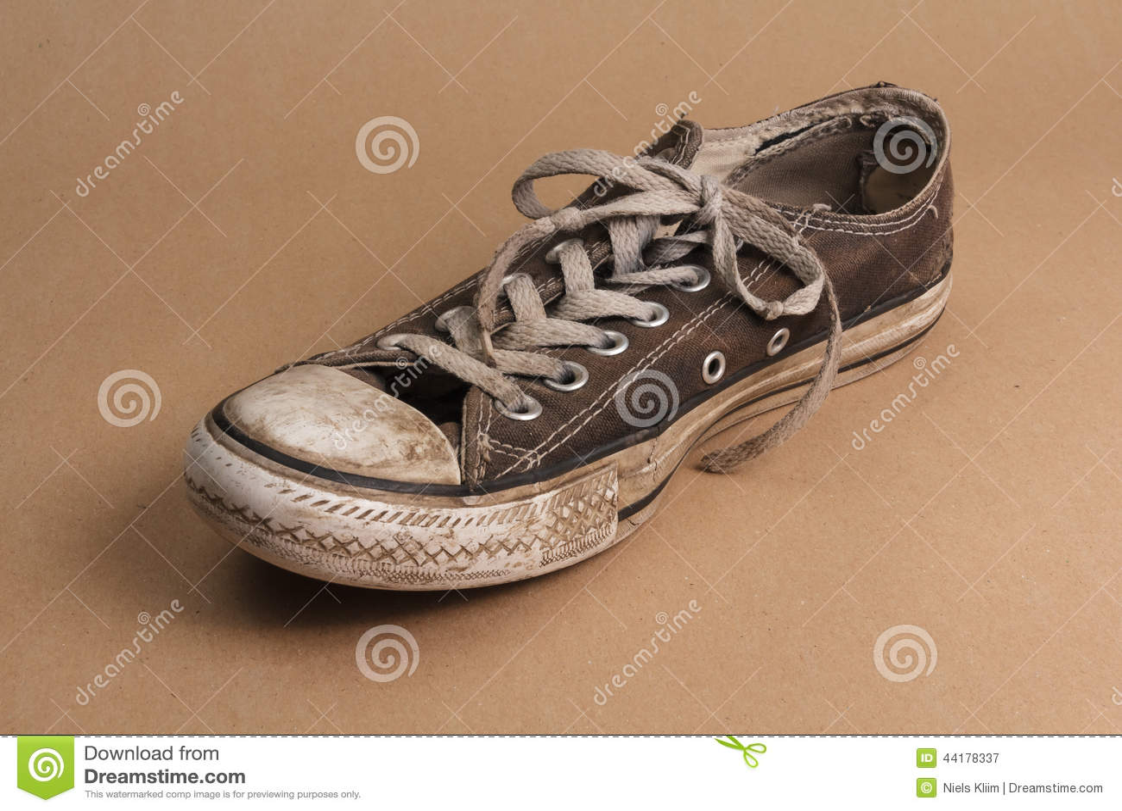 Brown Shoe Stock
