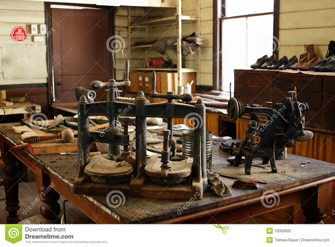 Shoe Maker Workshop Royalty Free Stock Photo Image 19359905