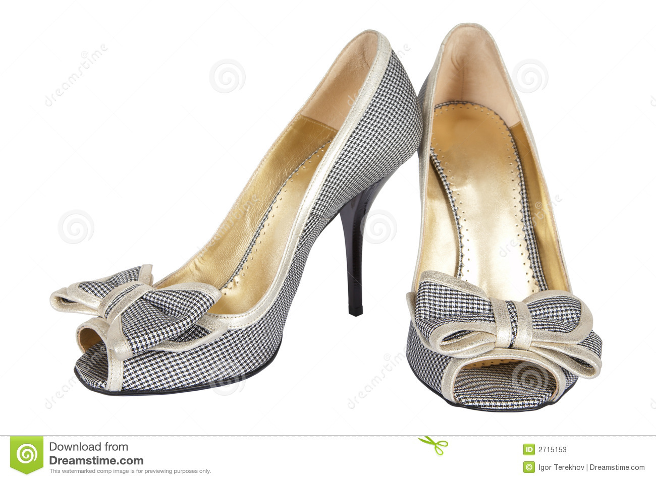 Shoes with a bow