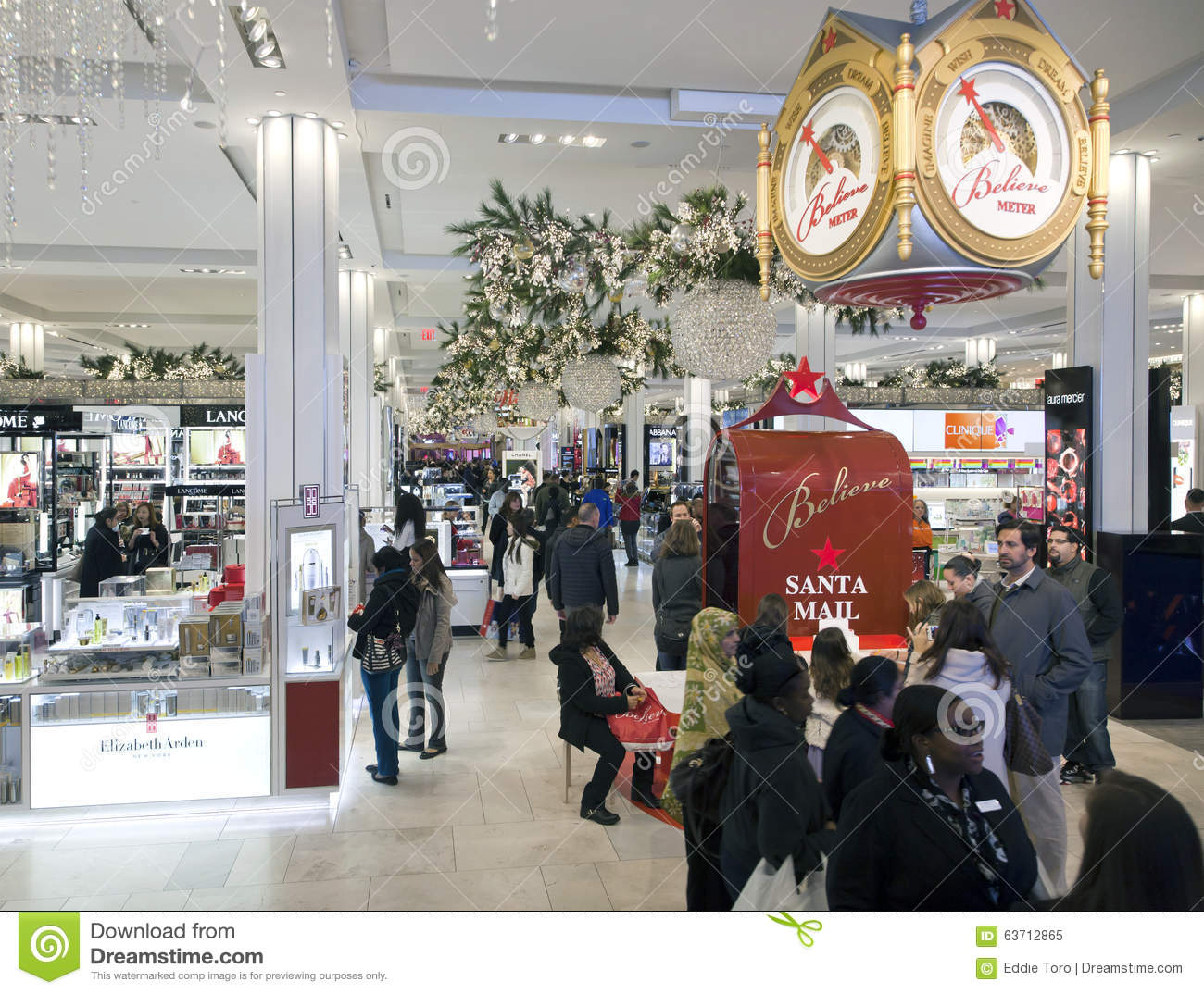 Shoppers Inside Macy S At Christmas Time In Nyc Editorial