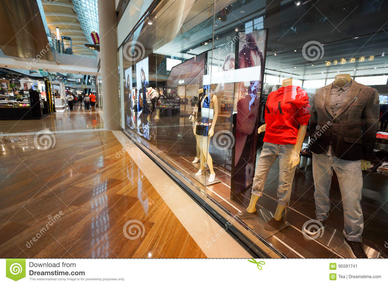88c9a30a28d6 The Shoppes At Marina Bay Sands Editorial Photo - Image of ...