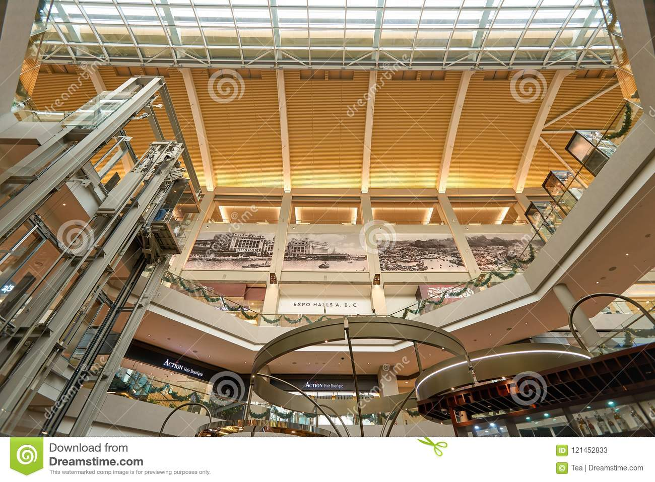 40508fefe The Shoppes At Marina Bay Sands Editorial Stock Photo - Image of ...