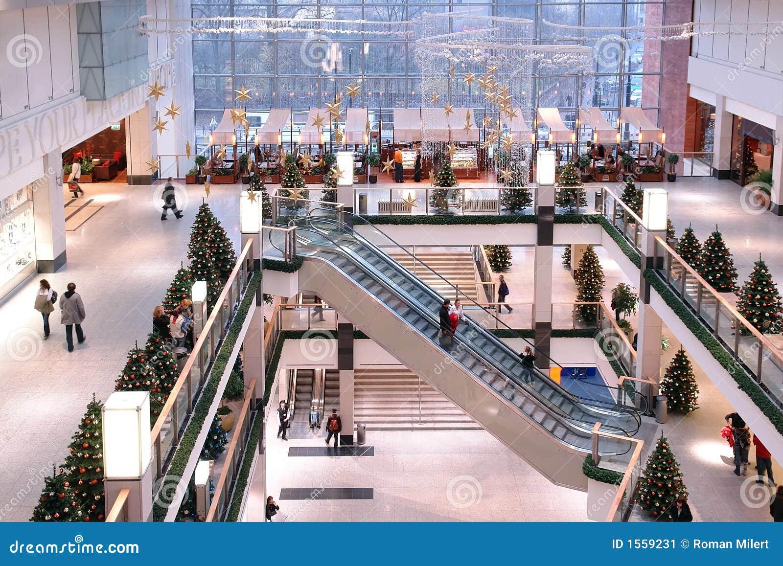 Shopping center at xmas time