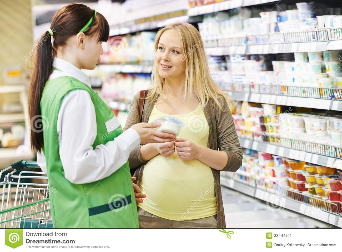 Shopping in dairy supermarket stock image image 33444721 for Assistant cuisine