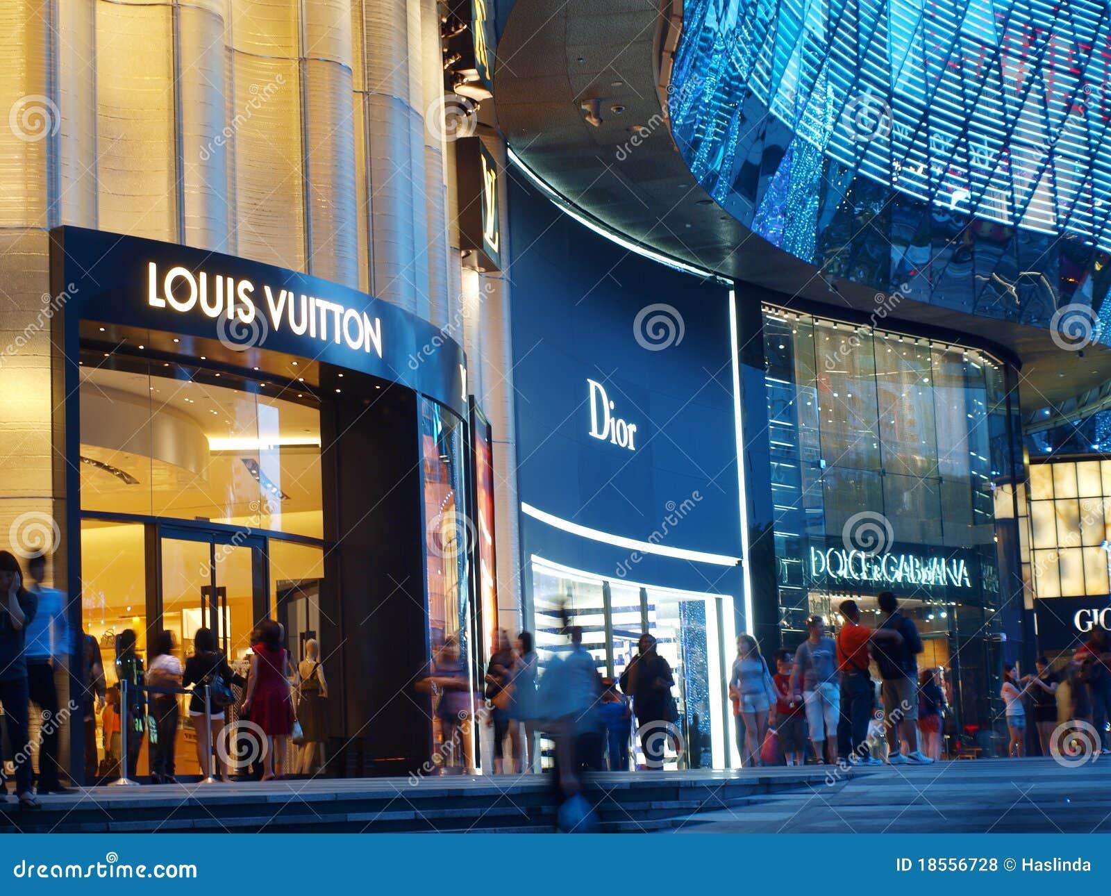 Luxury brands online shopping