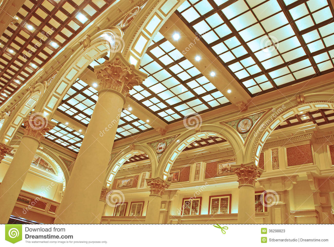 Shopping Mall Hall Square in The Venetian Macao