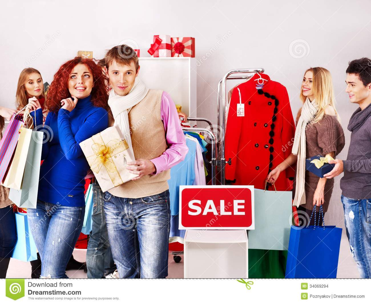 women-christmas-sales-group-people-clothing-store-34069294.jpg