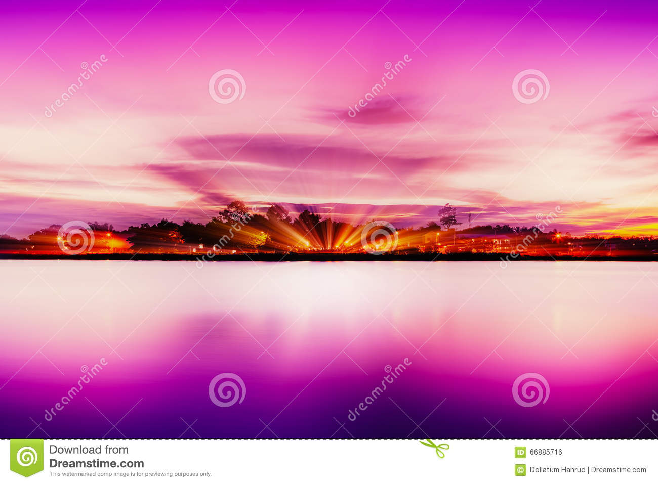 Shore of lake hour in pink.