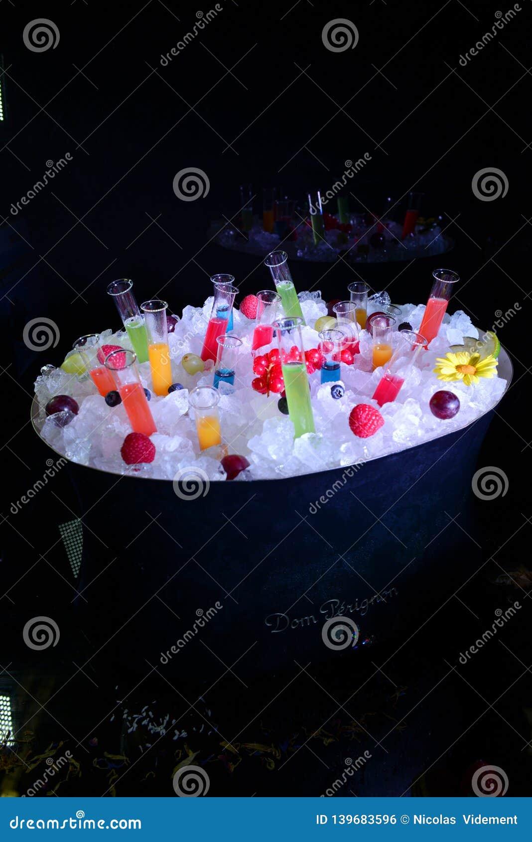 Test tube seal for fruit juice shot