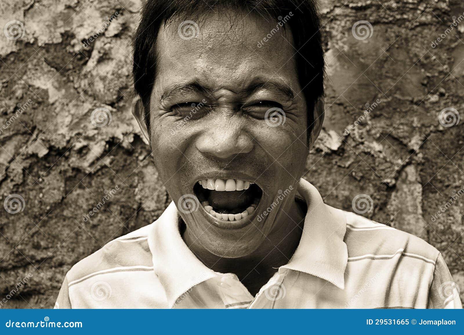 Shouting do homem