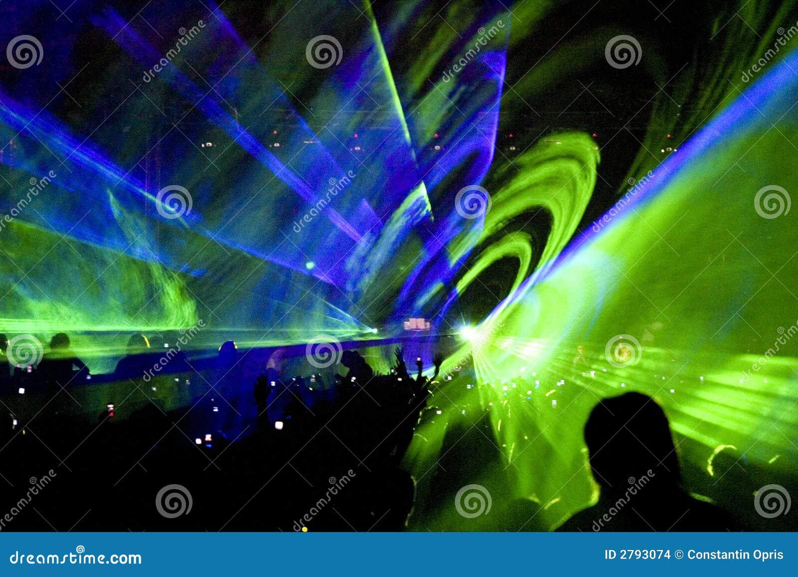Show för laser-deltagareöversvallande beröm