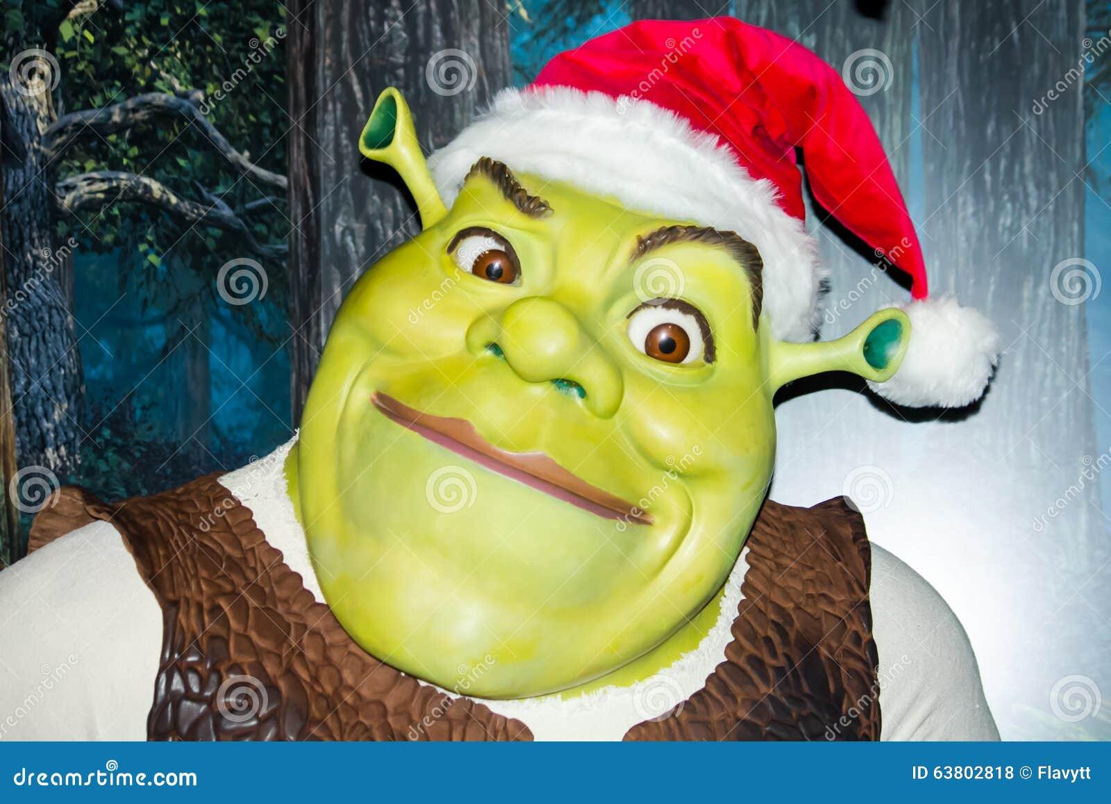 Shrek som förbereder sig för jul