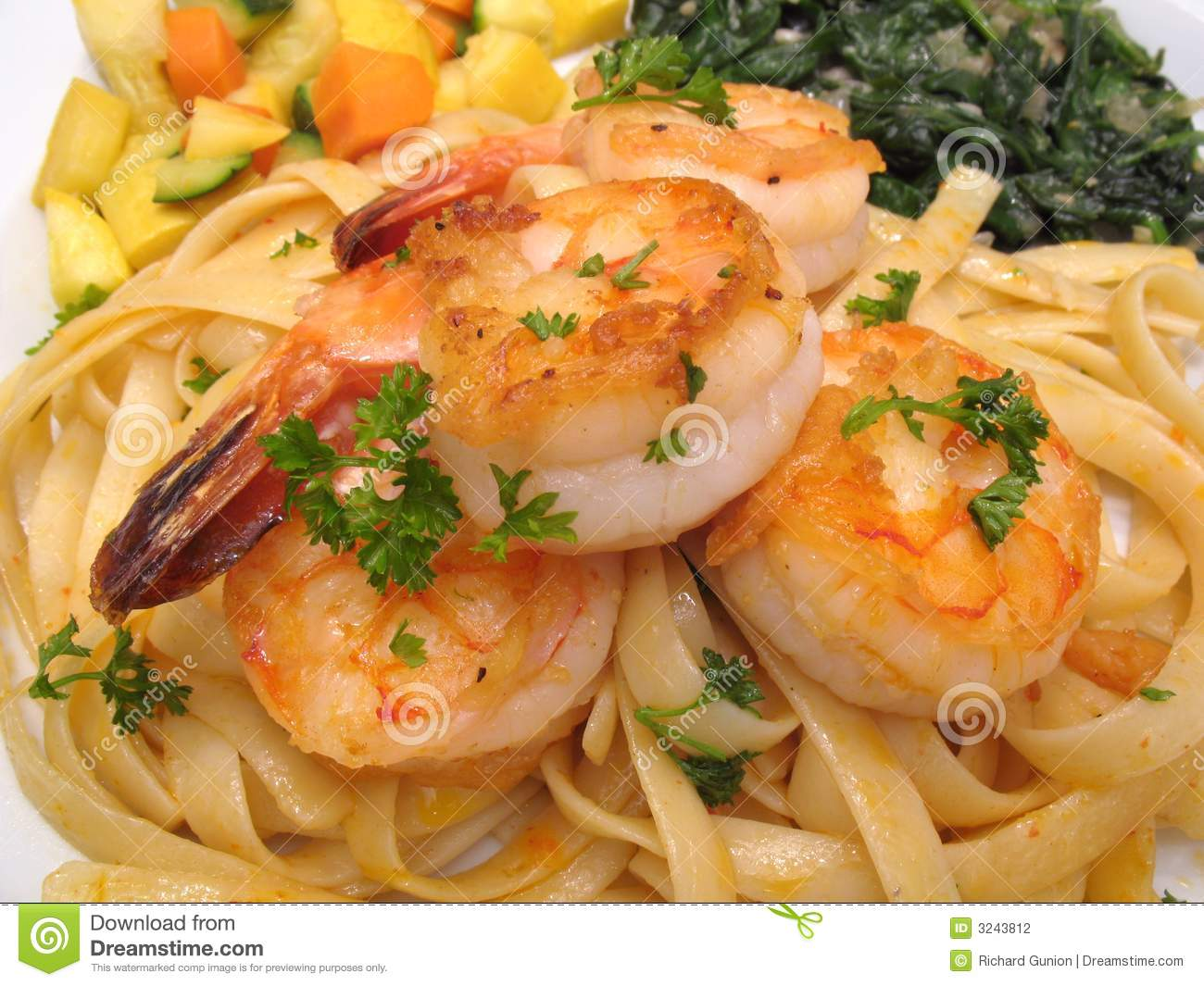 Shrimp With Pasta & Vegetables Stock Photography - Image ...