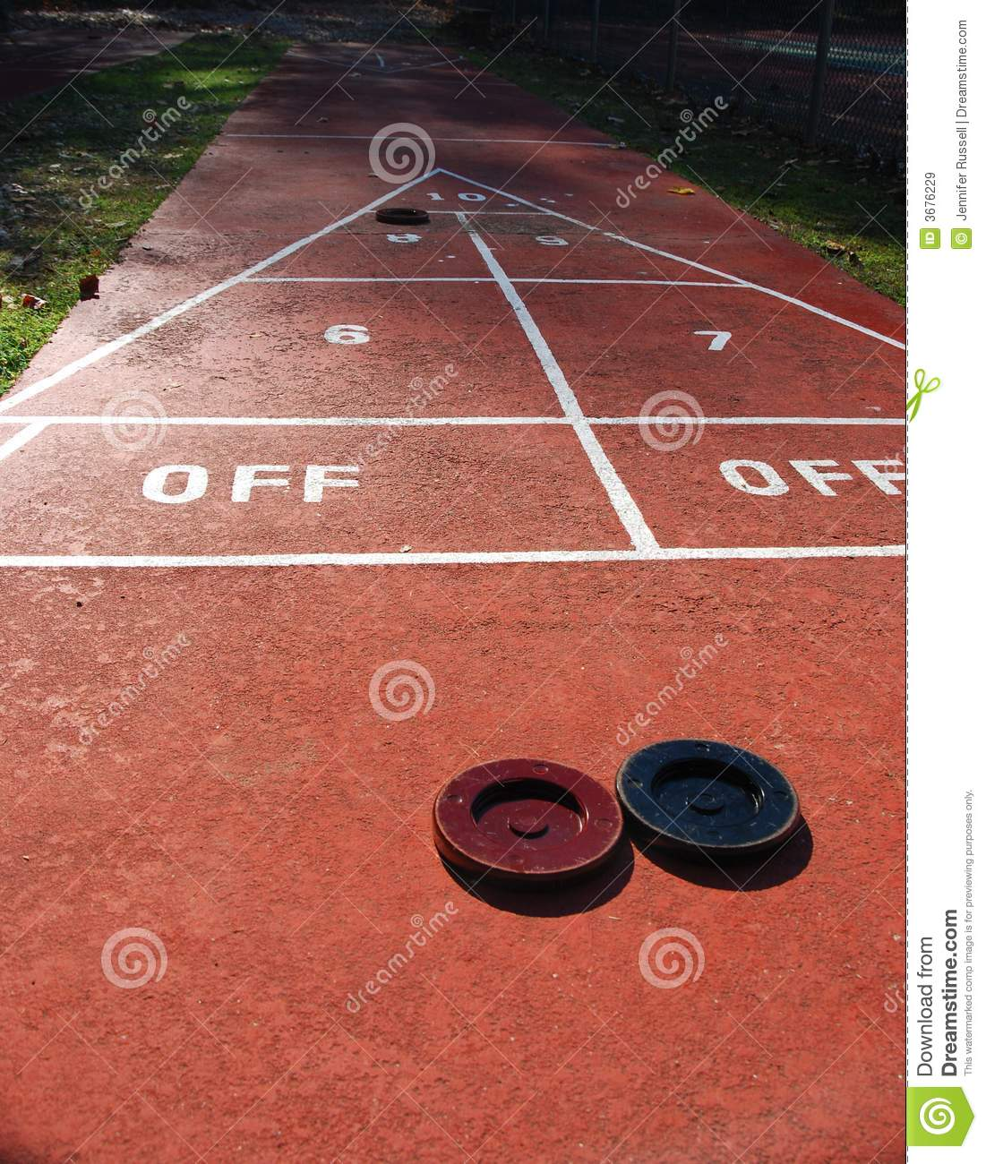 Download Shuffleboard immagine stock. Immagine di triangolo, sfida - 3676229