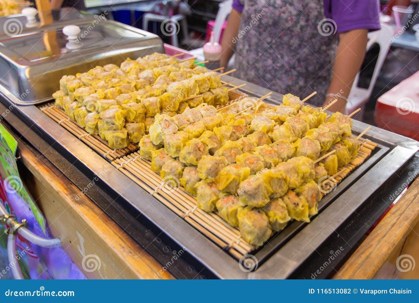 Shumai no alimento da rua, bolinha de massa chinesa