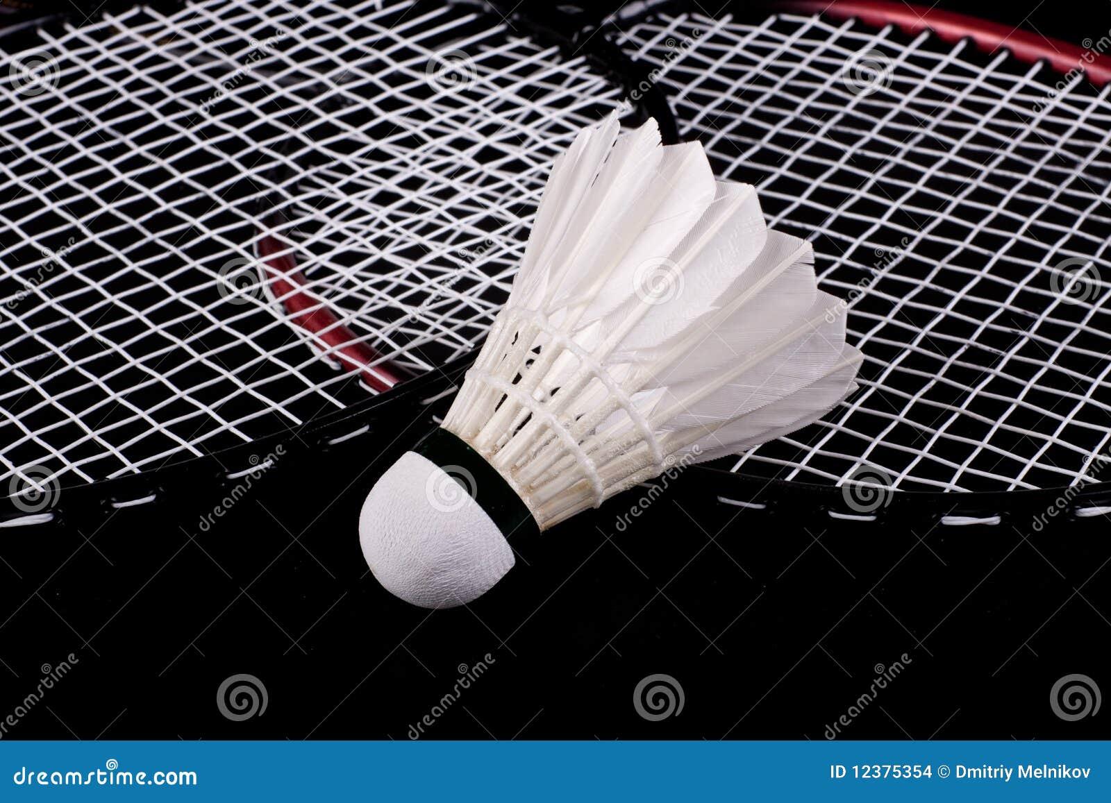Shuttlecock e raquete de badminton