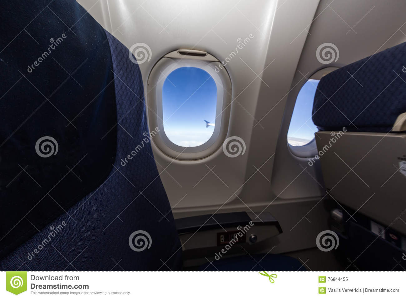 Si ge et fen tre d 39 avion l 39 int rieur d 39 un avion image for L interieur d un avion