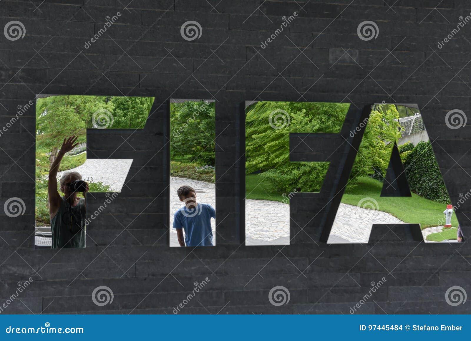 Sièges sociaux de la FIFA à Zurich sur la Suisse