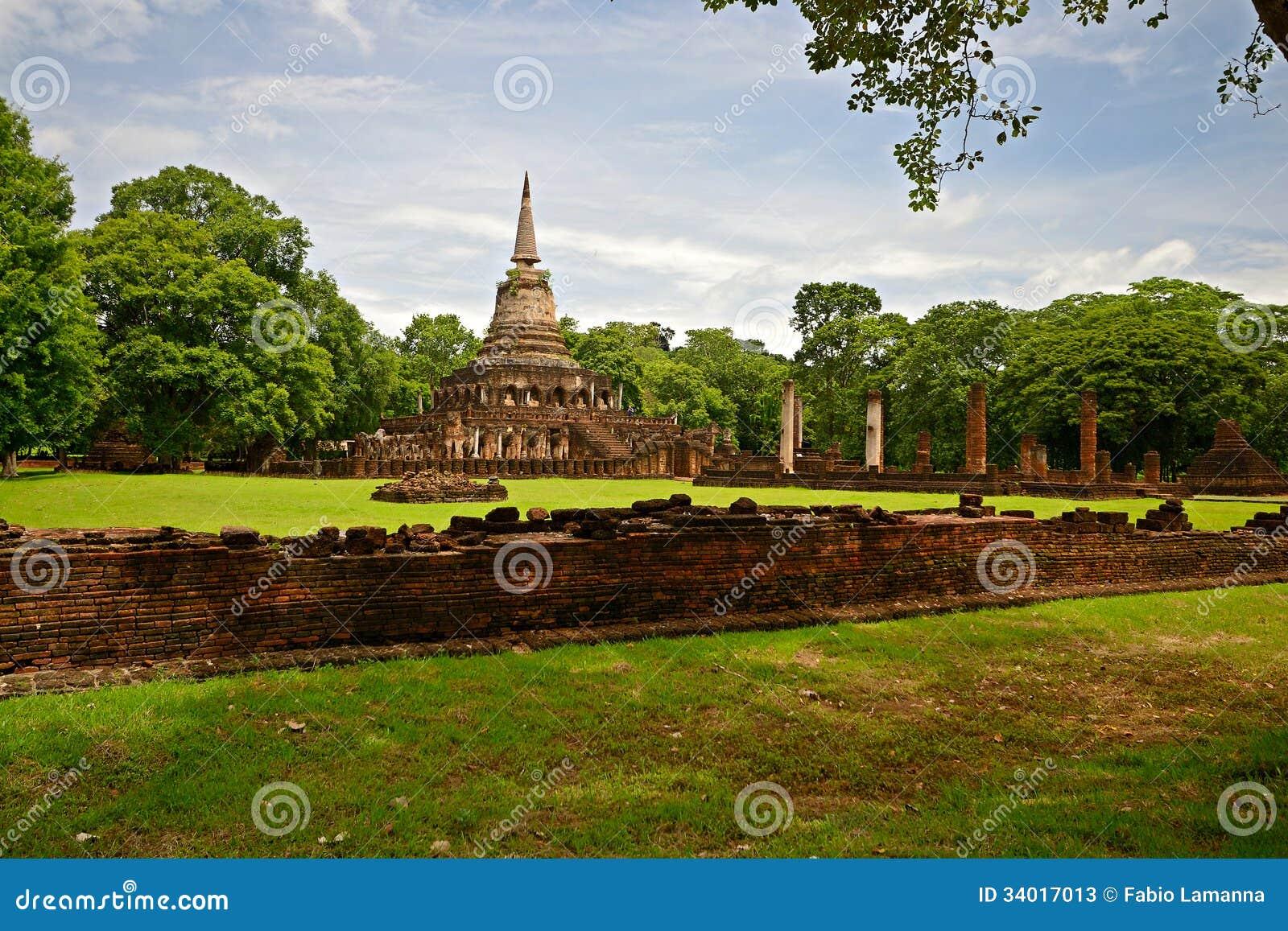 Si Satchanalai Chaliang Historical Park Stock Photos ...