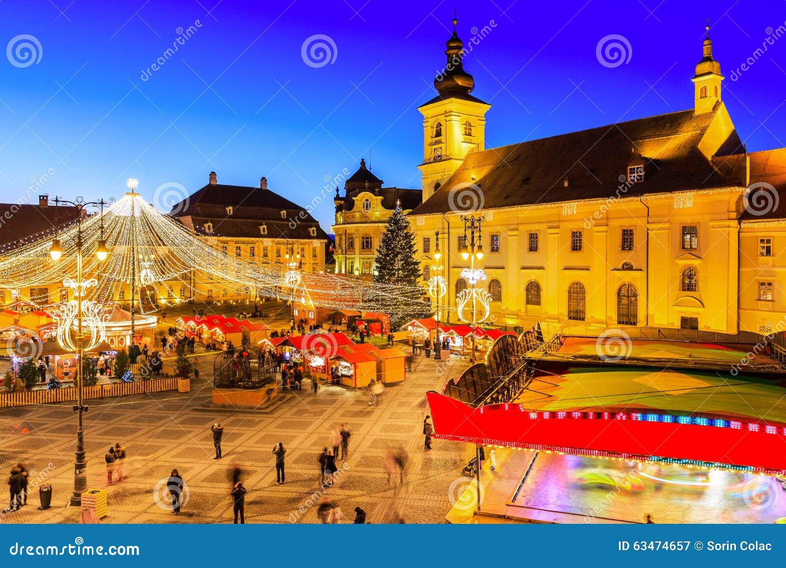Sibiu, Transylvania. Romania. Christmas market in the Big Square ...