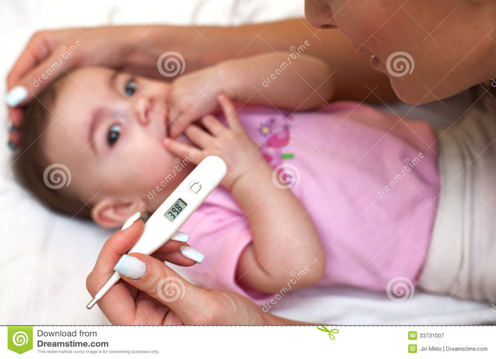 У ребёнка температура 39 давать