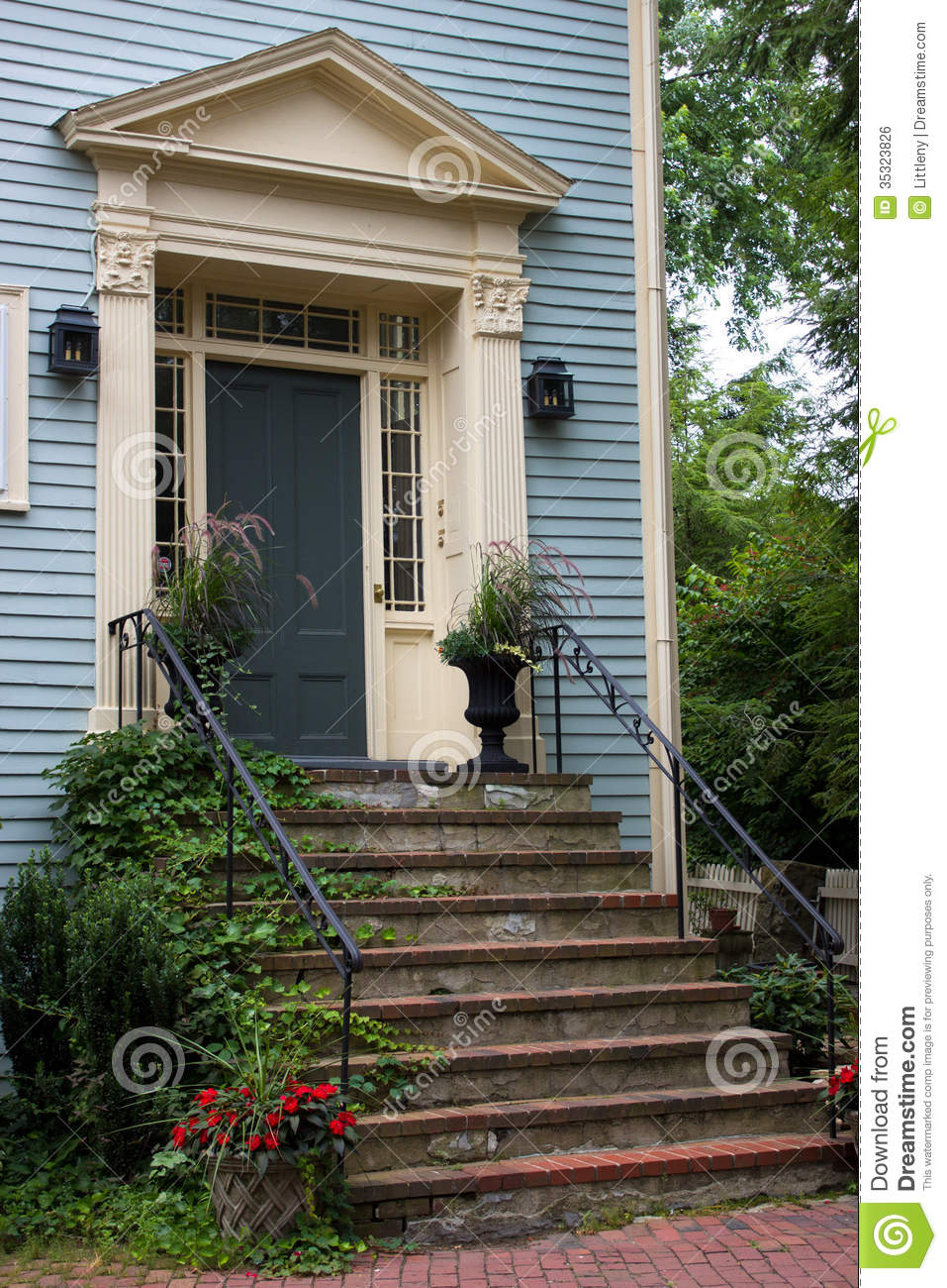 Side door royalty free stock image image 35323826 for Home side door